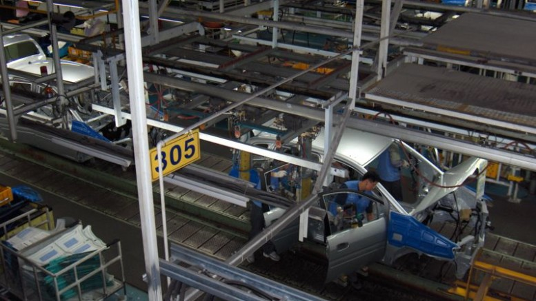 797px-Hyundai_car_assembly_line